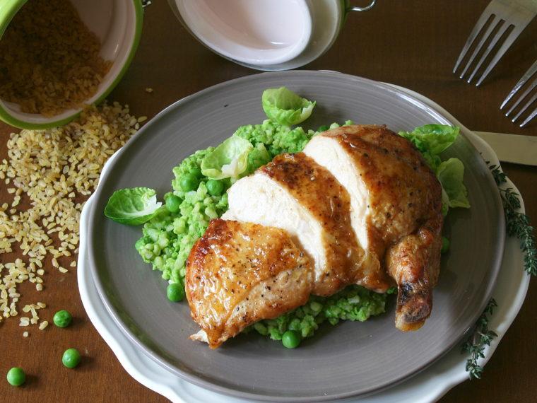 Supreme z kukuřičného kuřete s hráškovým bulgurem