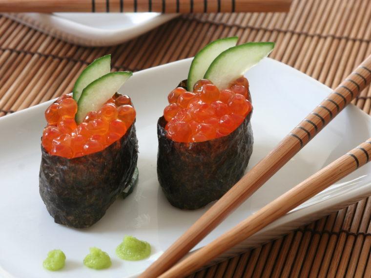 Gunkan sushi