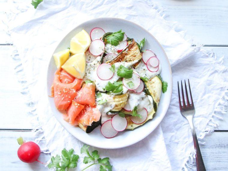 Cuketový salát s ředkvičkami