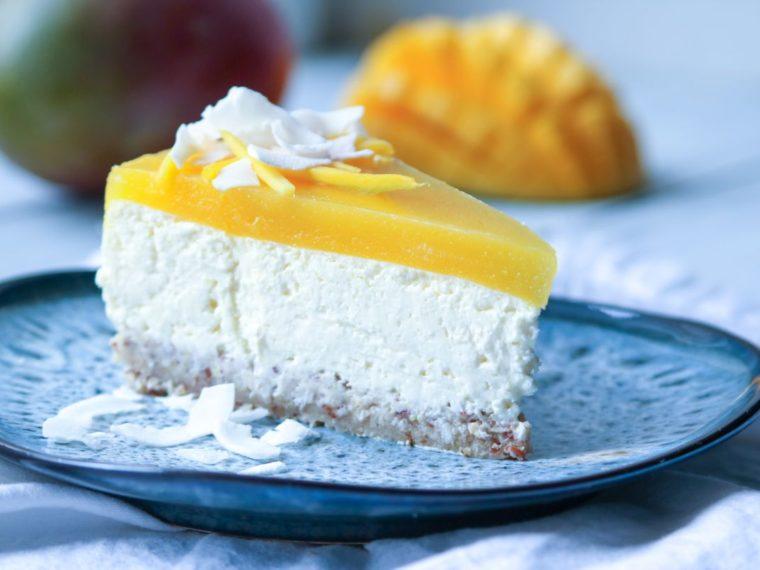 6. narozeniny Vařeniště + recept na Bezlepkový cheesecake s kokosem a mangem